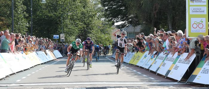 Max Kanter slaat dubbelslag in Olympia's Tour